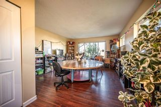 Photo 4: 325 Petersen Rd in : CR Campbell River West Full Duplex for sale (Campbell River)  : MLS®# 871147
