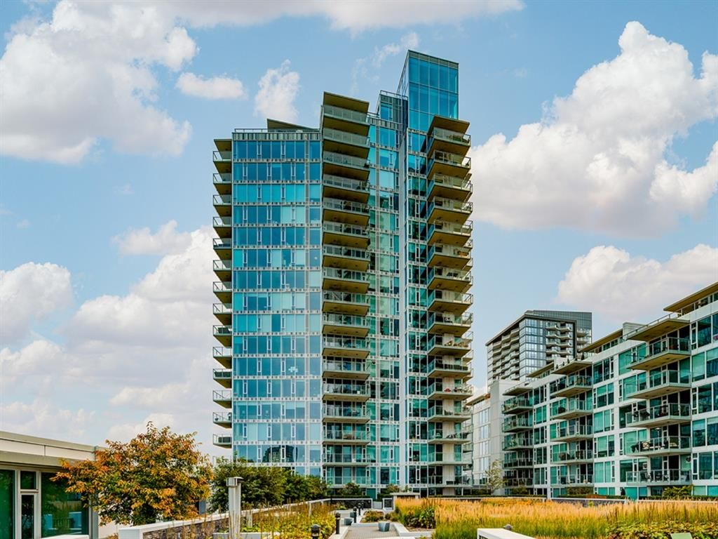 Main Photo: 1301 519 RIVERFRONT Avenue SE in Calgary: Downtown East Village Apartment for sale : MLS®# A1035711