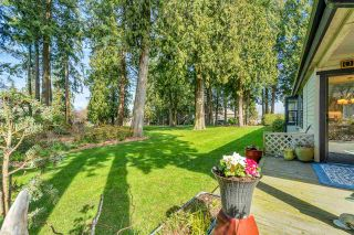 """Photo 4: 3740 NICO WYND Drive in Surrey: Elgin Chantrell Townhouse for sale in """"NICO WYND ESTATES"""" (South Surrey White Rock)  : MLS®# R2446956"""