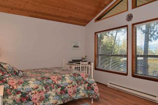 "Photo 7: 5653 CARMEL Place in Sechelt: Sechelt District House for sale in ""TUWANEK"" (Sunshine Coast)  : MLS®# R2135250"