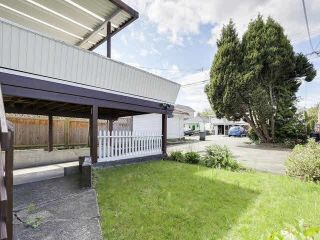Photo 3: 4769 COMMERCIAL Street in Vancouver: Victoria VE House for sale (Vancouver East)  : MLS®# R2584043