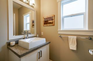 """Photo 16: 21071 78B Avenue in Langley: Willoughby Heights House for sale in """"Yorkson South"""" : MLS®# R2474012"""