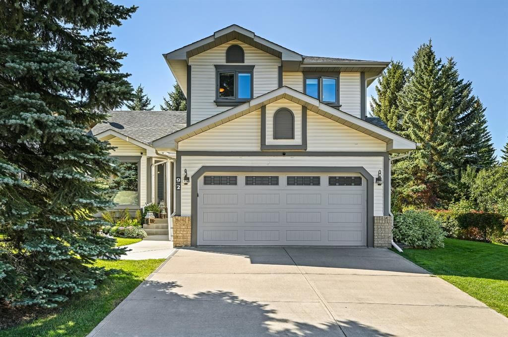 Main Photo: 92 Sandringham Close in Calgary: Sandstone Valley Detached for sale : MLS®# A1146191