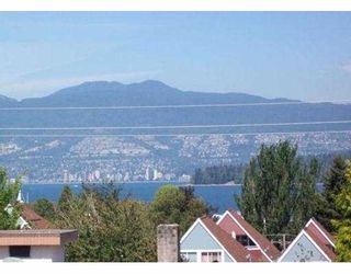 "Photo 6: 209-2125 W 2nd Ave in Vancouver: Kitsilano Condo for sale in ""Sunny Lodge"" (Vancouver West)"