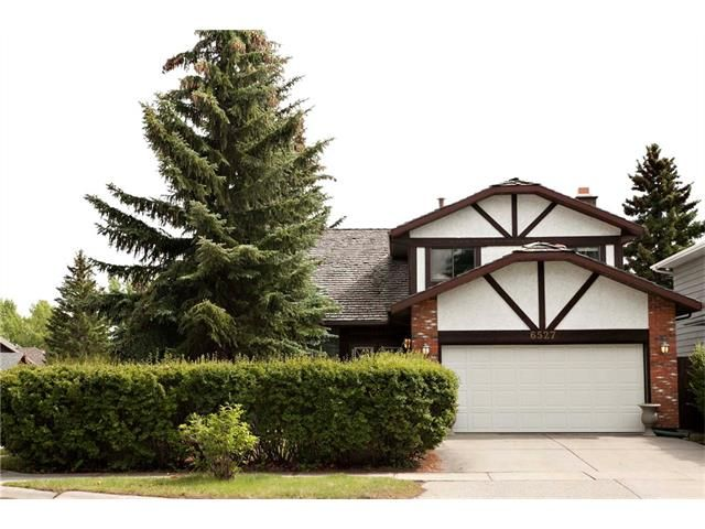 Main Photo: 6527 COACH HILL Road SW in Calgary: Coach Hill House for sale : MLS®# C4073200