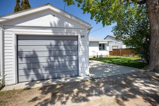 Photo 17: Photos: 46 Havelock Avenue in Winnipeg: Residential for sale (2D)  : MLS®# 1914025