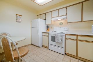 Photo 3: 1704 6070 MCMURRAY AVENUE in Burnaby: Forest Glen BS Condo for sale (Burnaby South)  : MLS®# R2442075