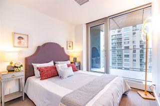 "Photo 12: 1705 1480 HOWE Street in Vancouver: Yaletown Condo for sale in ""VANCOUVER HOUSE"" (Vancouver West)  : MLS®# R2517021"