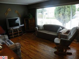 Photo 7: 17486 58A Avenue in Surrey: Cloverdale BC House for sale (Cloverdale)  : MLS®# F1023964