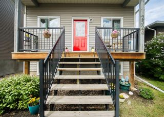 Photo 3: 2524 11 Avenue SE in Calgary: Albert Park/Radisson Heights Detached for sale : MLS®# A1118613