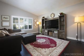 Photo 3: CHULA VISTA House for sale : 5 bedrooms : 1614 Dana Point Ct