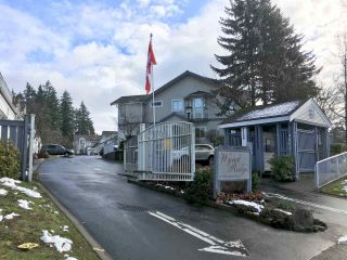 "Photo 2: 217 9072 FLEETWOOD Way in Surrey: Fleetwood Tynehead Townhouse for sale in ""WYND RIDGE"" : MLS®# R2240742"