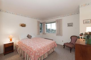 Photo 12: 2468 LAWSON AVE in West Vancouver: Dundarave House for sale : MLS®# R2034624