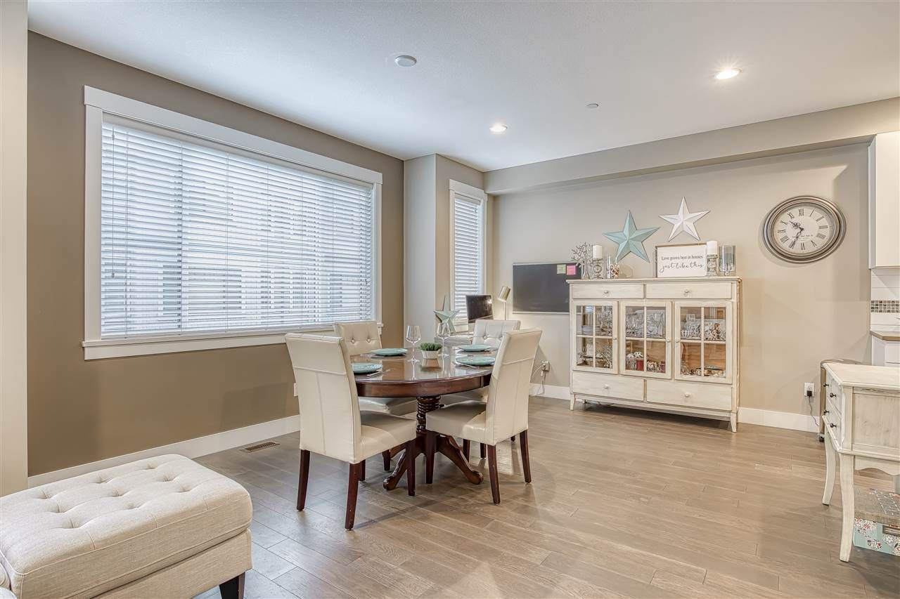 """Photo 7: Photos: 10 23709 111A Avenue in Maple Ridge: Cottonwood MR Townhouse for sale in """"Falcon Hills"""" : MLS®# R2431365"""