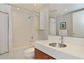 Photo 6: 2727 PRINCE EDWARD ST in Vancouver: Mount Pleasant VE Condo for sale (Vancouver East)  : MLS®# V1122910