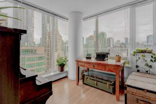 """Photo 12: 1302 1325 ROLSTON Street in Vancouver: Yaletown Condo for sale in """"The Rolston"""" (Vancouver West)  : MLS®# R2574572"""