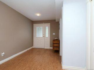 Photo 2: 773 Haliburton Rd in Saanich: SE Cordova Bay House for sale (Saanich East)  : MLS®# 840065