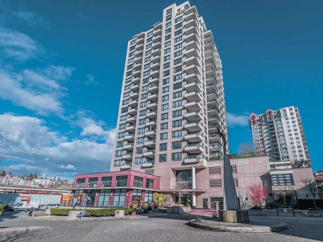 """Main Photo: 2101 1 RENAISSANCE Square in New Westminster: Quay Condo for sale in """"The Q"""" : MLS®# R2594714"""