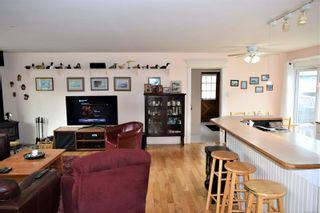 Photo 6: 1556 Pauline St in : Du Crofton House for sale (Duncan)  : MLS®# 869795