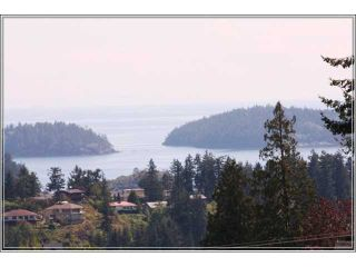 """Photo 10: 14 728 GIBSONS Way in Gibsons: Gibsons & Area Townhouse for sale in """"Island View Lanes"""" (Sunshine Coast)  : MLS®# V828338"""