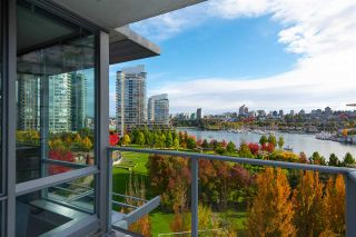 "Photo 15: 802 638 BEACH Crescent in Vancouver: Yaletown Condo for sale in ""ICON"" (Vancouver West)  : MLS®# R2511968"