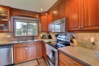 Photo 7: 4247 Springridge Cres in : SW Northridge House for sale (Saanich West)  : MLS®# 873746