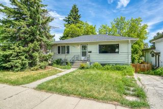 Photo 2: 2216 19 Street SW in Calgary: Bankview Detached for sale : MLS®# A1120406