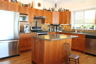 Photo 4: 6383 PICADILLY Place in Sechelt: Sechelt District House for sale (Sunshine Coast)  : MLS®# R2183341