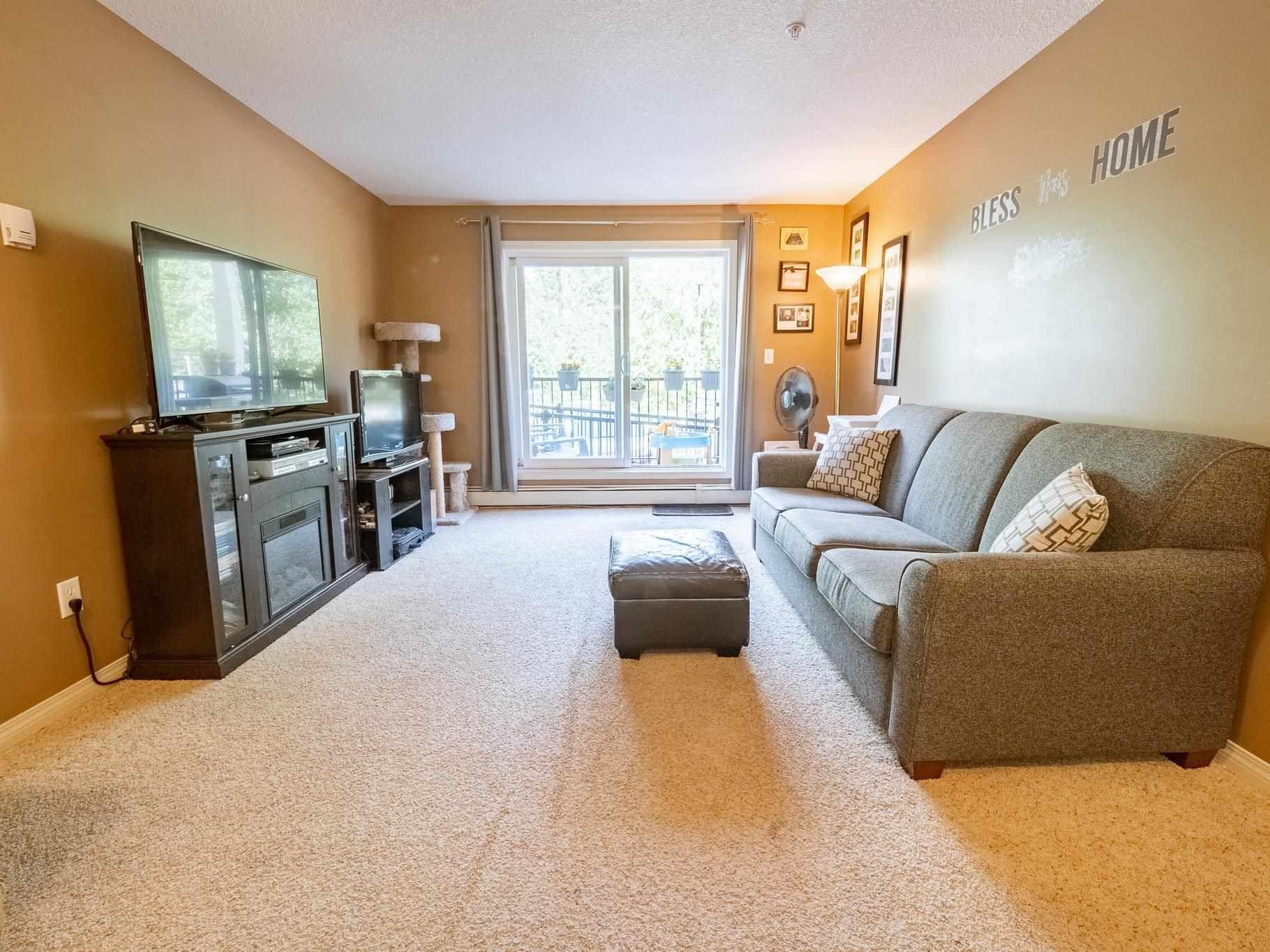 Main Photo: 101 4903 47 Avenue: Stony Plain Condo for sale : MLS®# E4247638