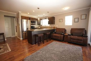 """Photo 8: 312 5488 198 Street in Langley: Langley City Condo for sale in """"Brooklyn Wynd"""" : MLS®# R2501188"""