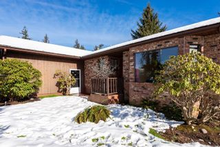 Photo 2: 1849 Galerno Rd in : CR Willow Point House for sale (Campbell River)  : MLS®# 866272