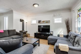 Photo 3: 726 1 Avenue NW in Calgary: Sunnyside Detached for sale : MLS®# A1077266