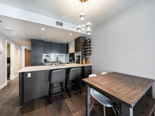 """Photo 4: 1202 288 W 1ST Avenue in Vancouver: False Creek Condo for sale in """"The James"""" (Vancouver West)  : MLS®# R2589567"""