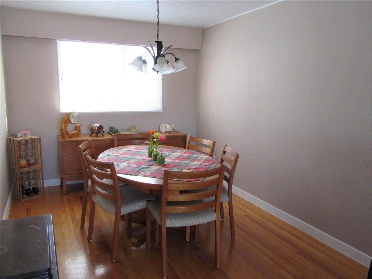 Photo 7: Photos: 522 RADCLIFFE Drive: Quinson House for sale (PG City West (Zone 71))  : MLS®# R2433646