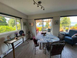 "Photo 11: 4750 WHITAKER Road in Sechelt: Sechelt District House for sale in ""DAVIS BAY"" (Sunshine Coast)  : MLS®# R2476766"
