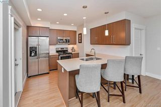 Photo 5: 207 7161 West Saanich Rd in BRENTWOOD BAY: CS Brentwood Bay Condo for sale (Central Saanich)  : MLS®# 839136
