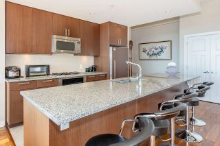 "Photo 14: 3201 2978 GLEN Drive in Coquitlam: North Coquitlam Condo for sale in ""GRAND CENTRAL ONE"" : MLS®# R2535957"