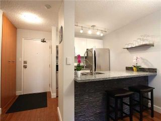 """Photo 2: 317 1080 PACIFIC Street in Vancouver: West End VW Condo for sale in """"THE CALIFORNIAN"""" (Vancouver West)  : MLS®# R2352681"""
