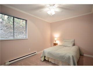 """Photo 7: 104 37 AGNES Street in New Westminster: Downtown NW Condo for sale in """"AGNES COURT"""" : MLS®# V927022"""