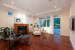 """Photo 9: 2386 KINGS Avenue in West Vancouver: Dundarave House for sale in """"Dundarave Village by the Sea"""" : MLS®# R2620765"""