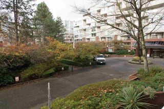 """Photo 16: 204 522 MOBERLY Road in Vancouver: False Creek Condo for sale in """"DISCOVERY QUAY"""" (Vancouver West)  : MLS®# R2126616"""