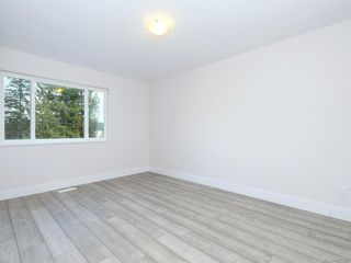 Photo 15: 969 Walfred Rd in Langford: La Happy Valley House for sale : MLS®# 842947