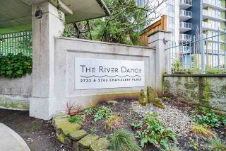 Photo 1: 1010 2733 CHANDLERY Place in Vancouver: South Marine Condo for sale (Vancouver East)  : MLS®# R2525143