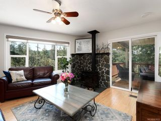 Photo 2: 1 6755 Wallace Dr in : CS Brentwood Bay House for sale (Central Saanich)  : MLS®# 863832