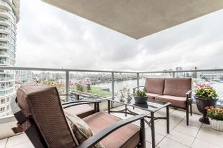 """Photo 14: 905 125 MILROSS Avenue in Vancouver: Mount Pleasant VE Condo for sale in """"CREEKSIDE"""" (Vancouver East)  : MLS®# R2218297"""