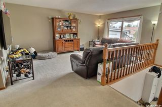 Photo 3: 27 Elmwood Place in Prince Albert: SouthWood Residential for sale : MLS®# SK855754