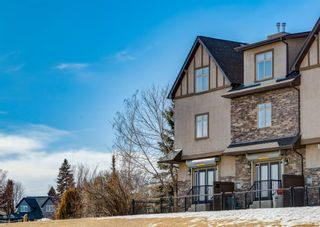 Photo 1: 106 1312 Russell Road NE in Calgary: Renfrew Row/Townhouse for sale : MLS®# A1080835