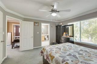 Photo 3: 5884 138 Street in Surrey: Panorama Ridge House for sale : MLS®# R2430936