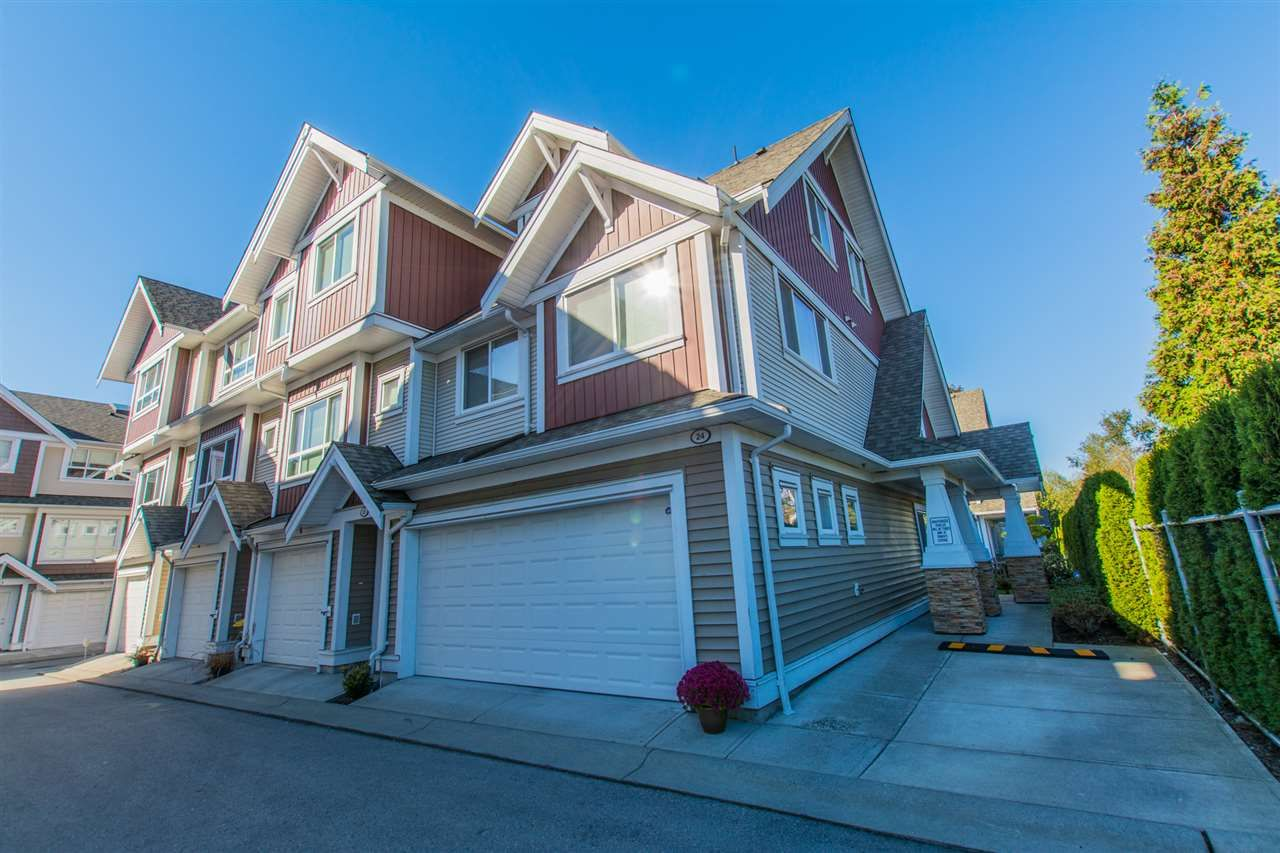 """Main Photo: 24 7298 199A Street in Langley: Willoughby Heights Townhouse for sale in """"YORK"""" : MLS®# R2115410"""