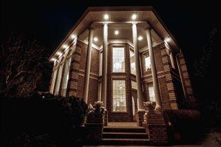Photo 4: 1492 Welbourn Drive in Edmonton: Zone 20 House for sale : MLS®# E4255652